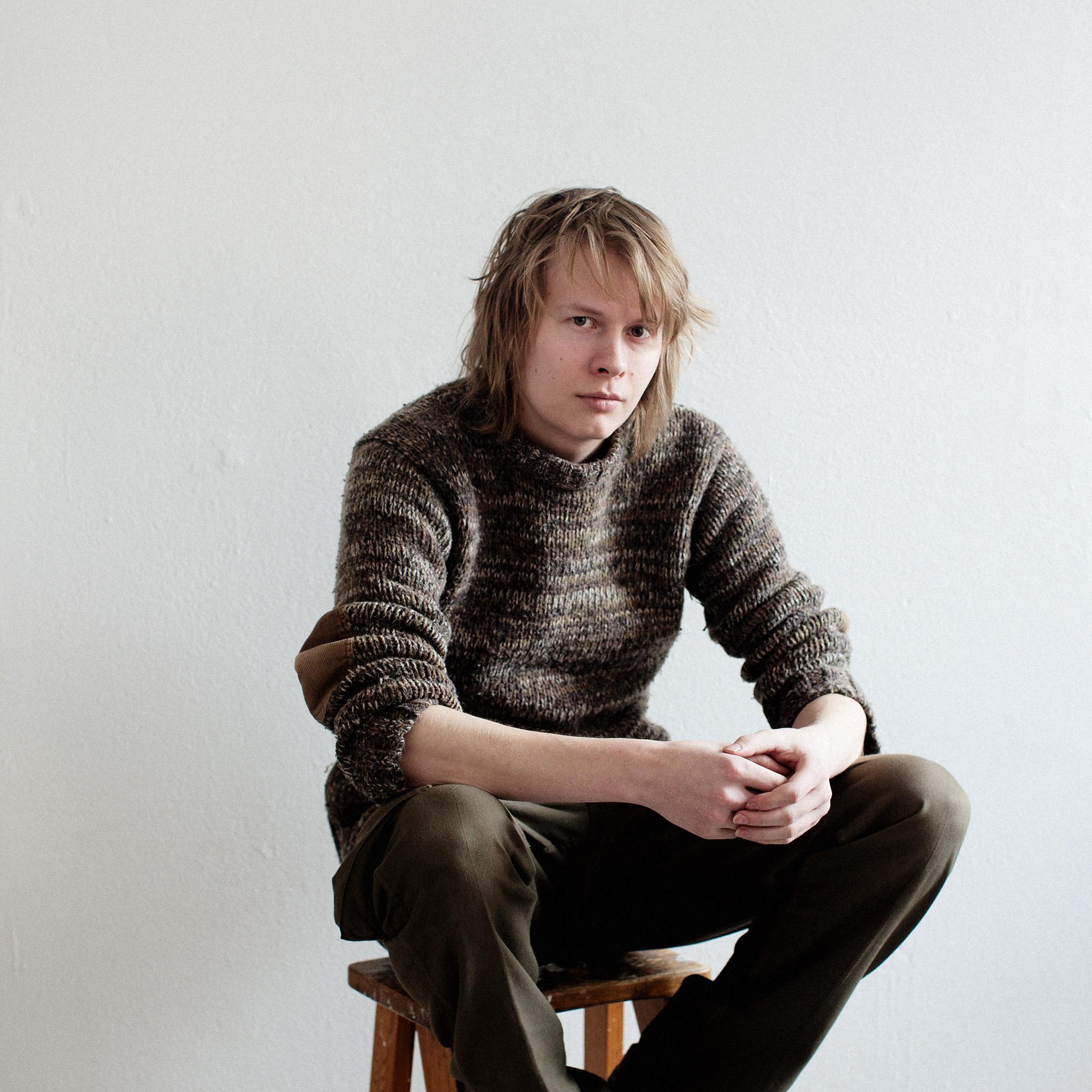Henkilökuva, portrait of a man.